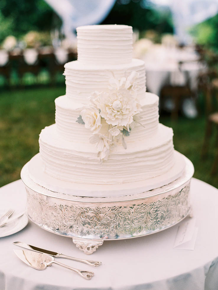 Top Tier Cakery all white wedding cake