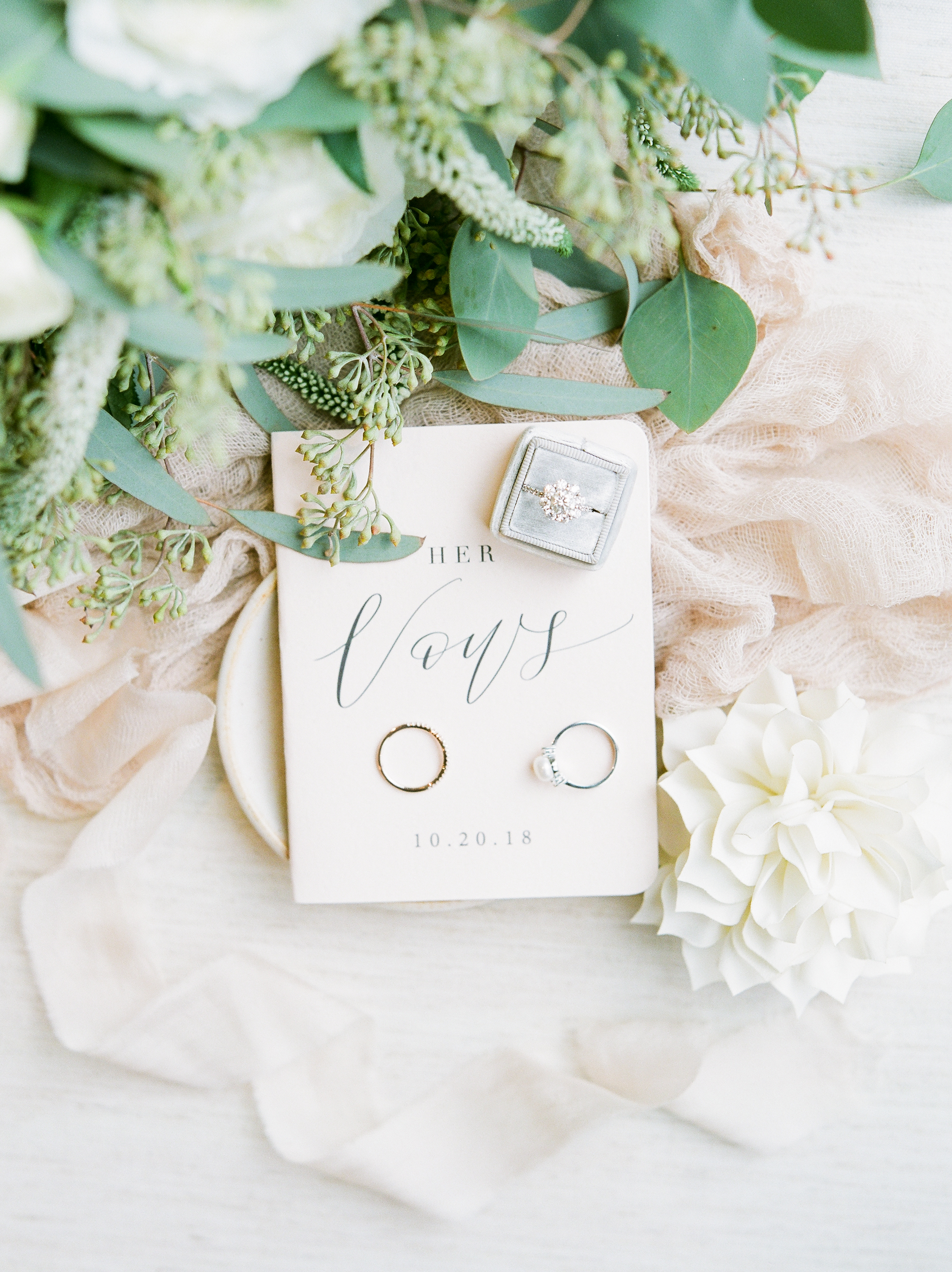Vow books and rings