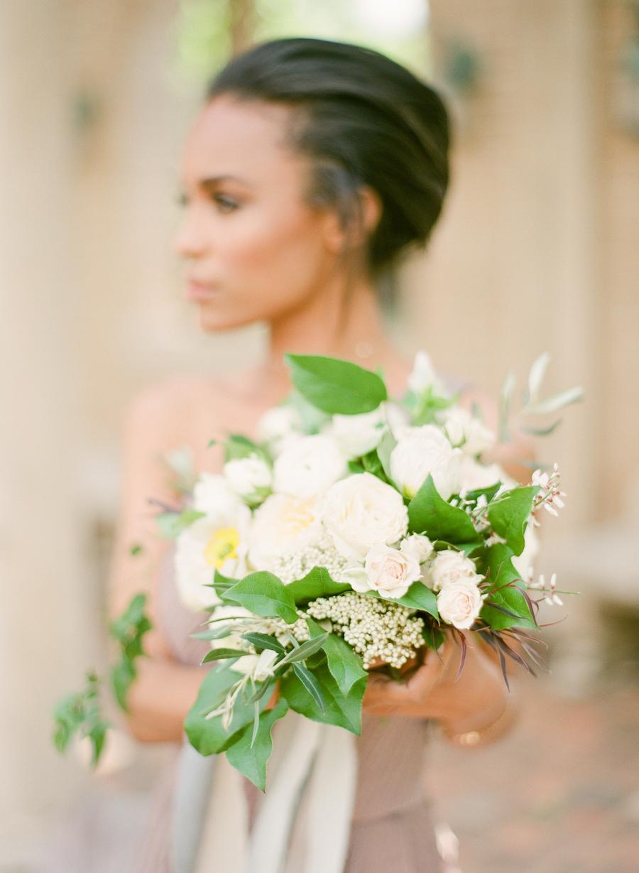A white bridal bouquet