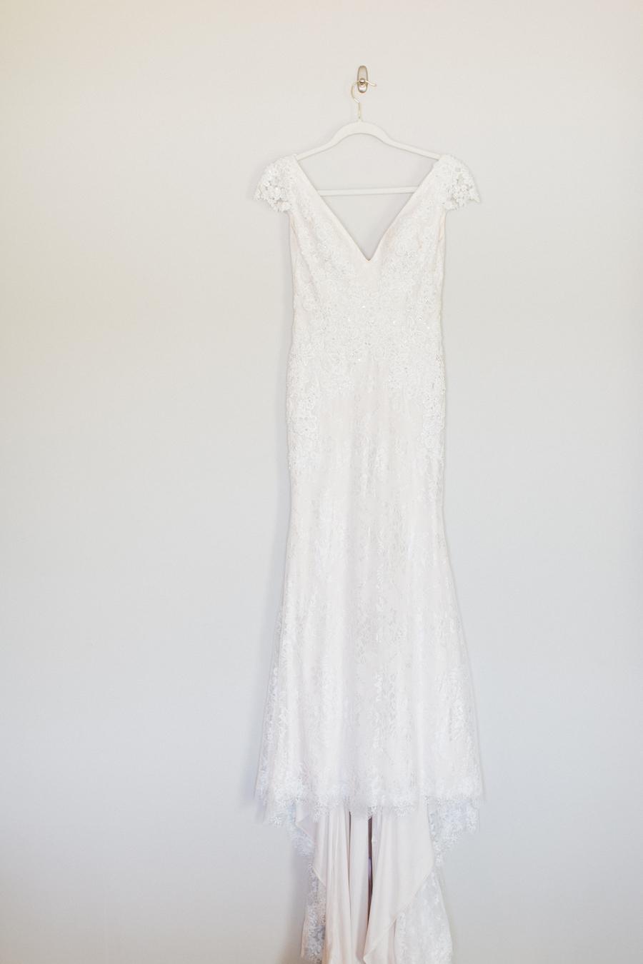 A white wedding dress