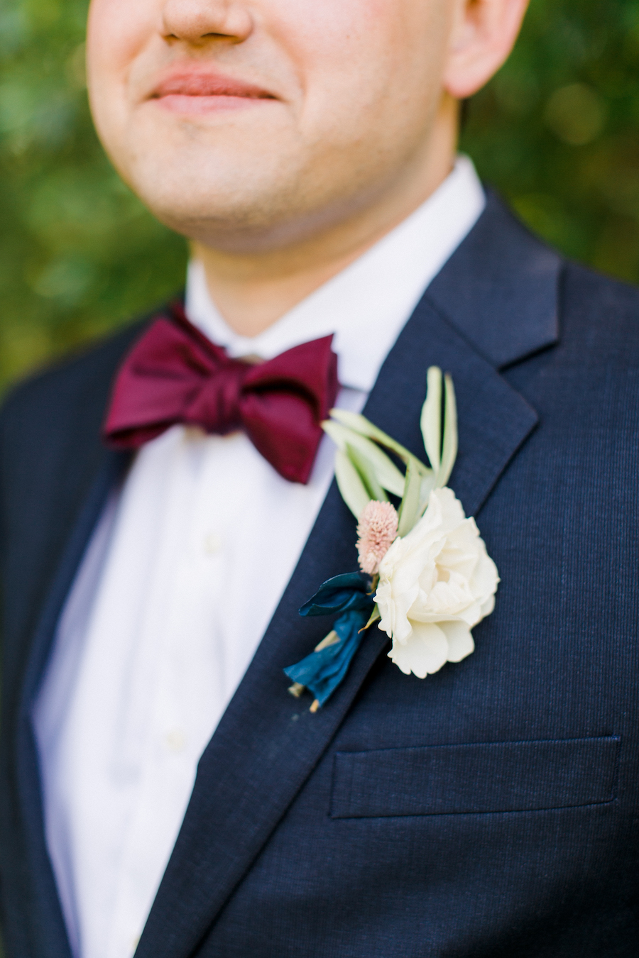 A groom and his boutonniere