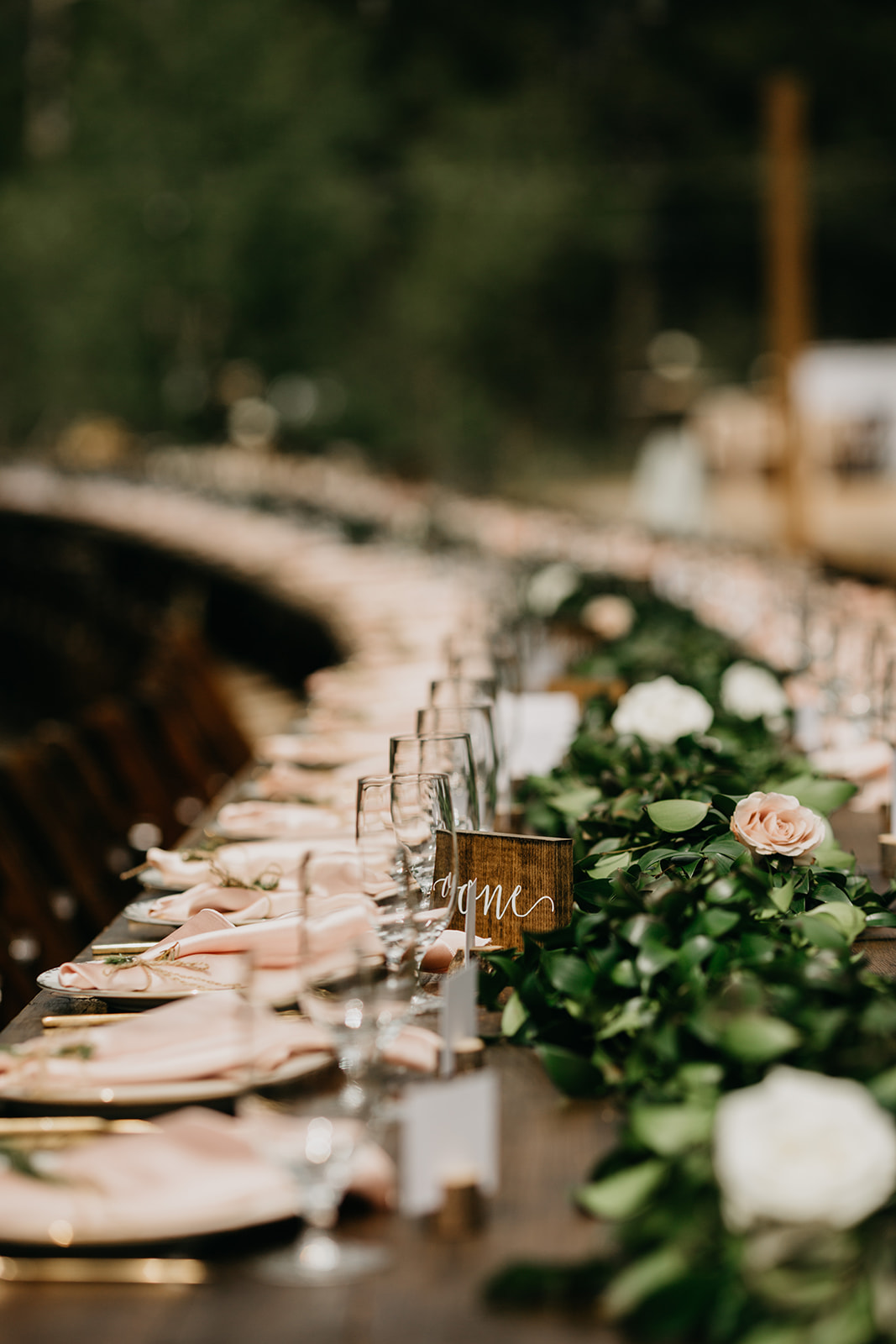 A reception table garland