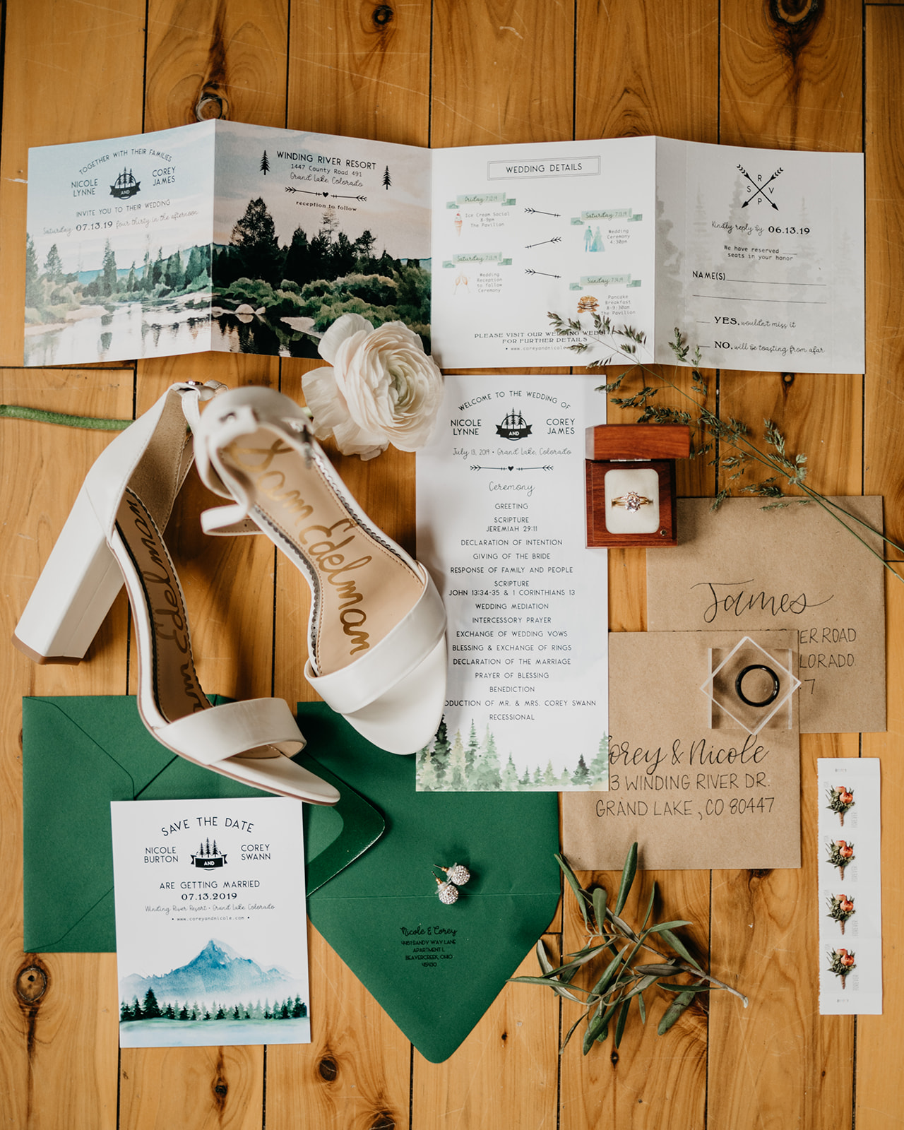 Mountain themed invitation suite