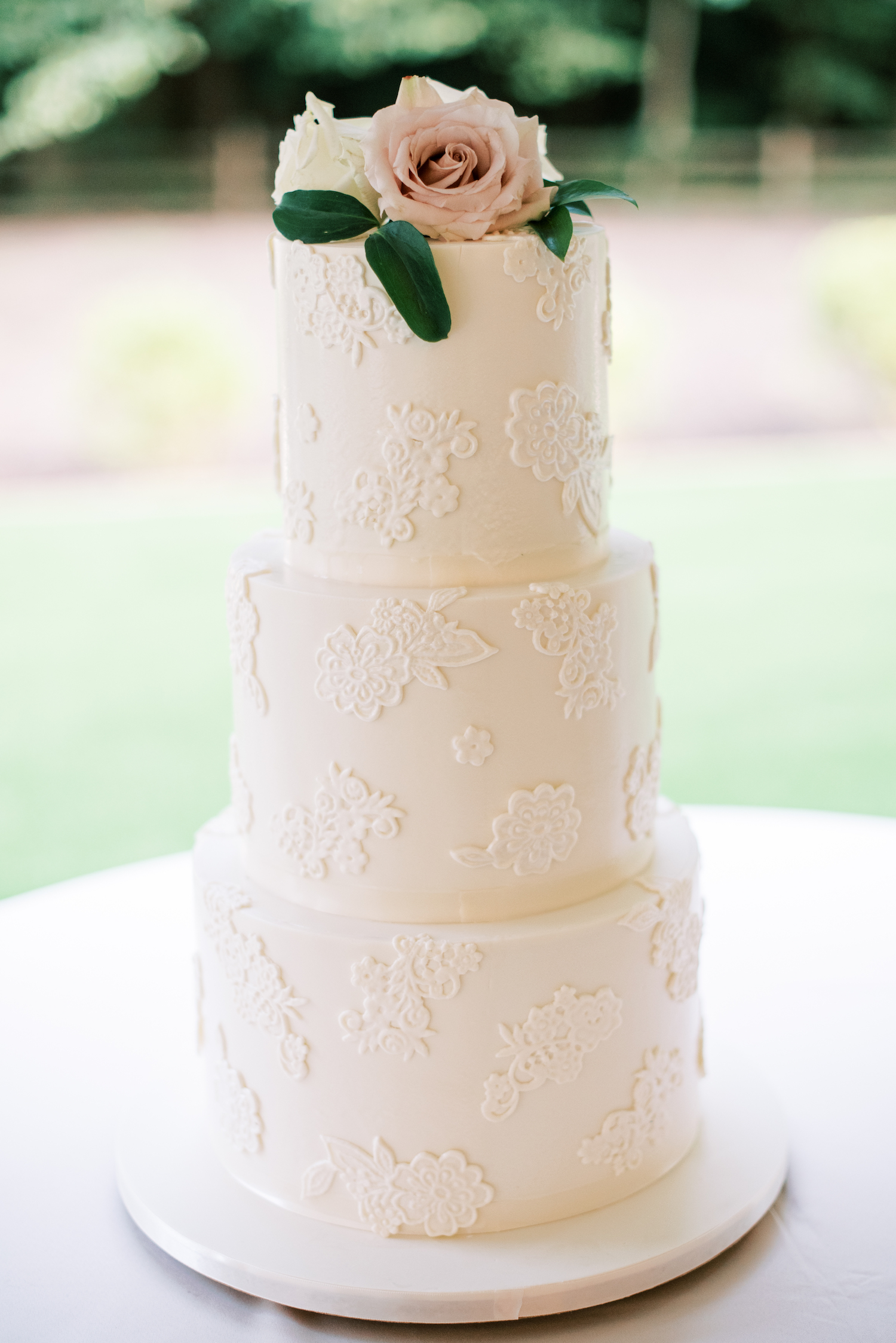 Wedding cake for apple blossom resort wedding