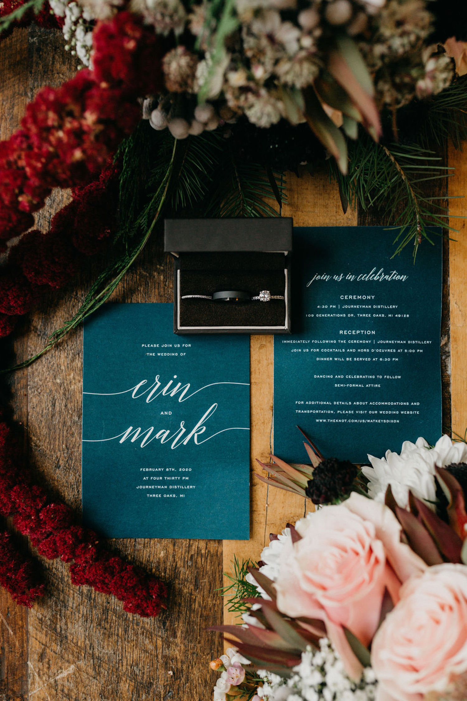 Wedding stationaries with rings