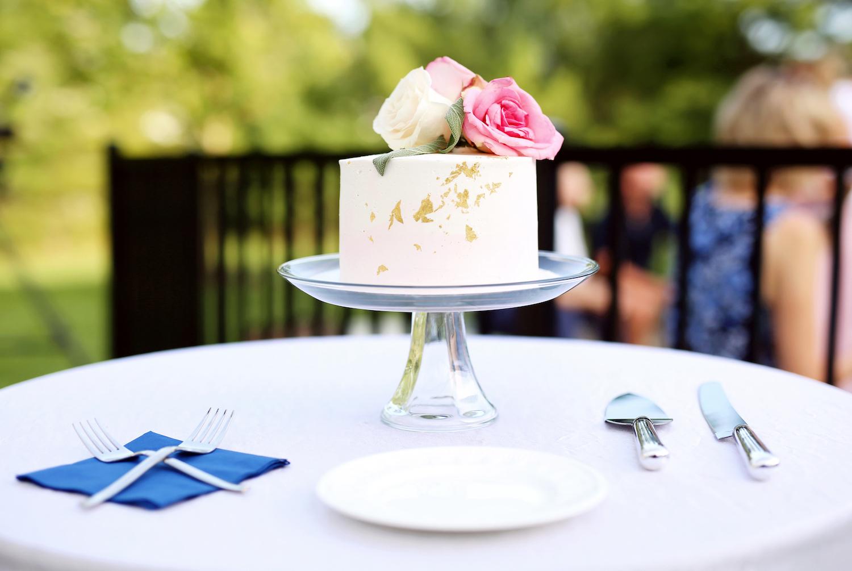 Cake for Kalamazoo Michigan wedding