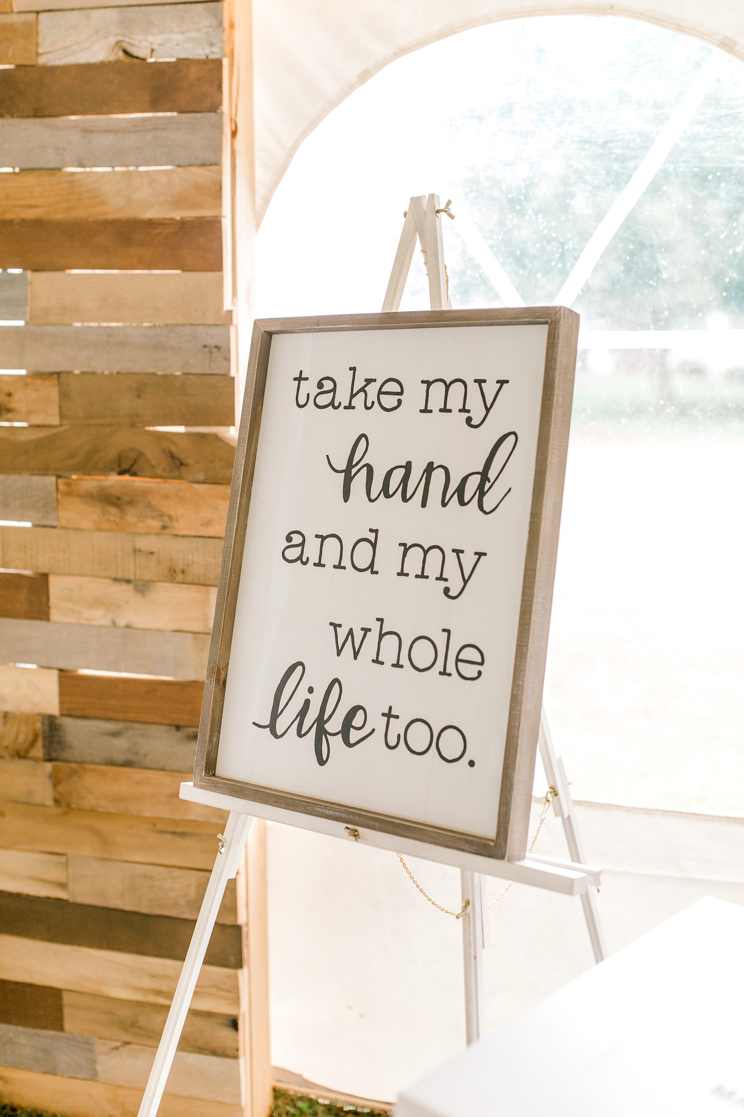 Signage of Wallinwood Springs Golf Course wedding