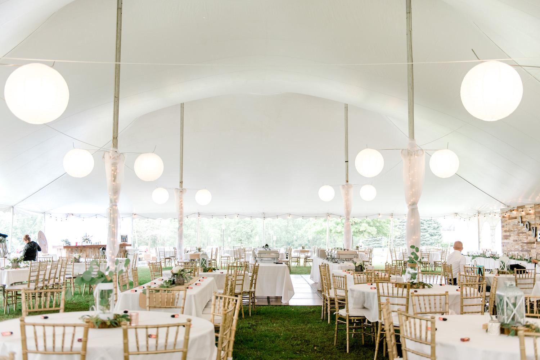 Wallinwood Springs Golf Course wedding tent setup