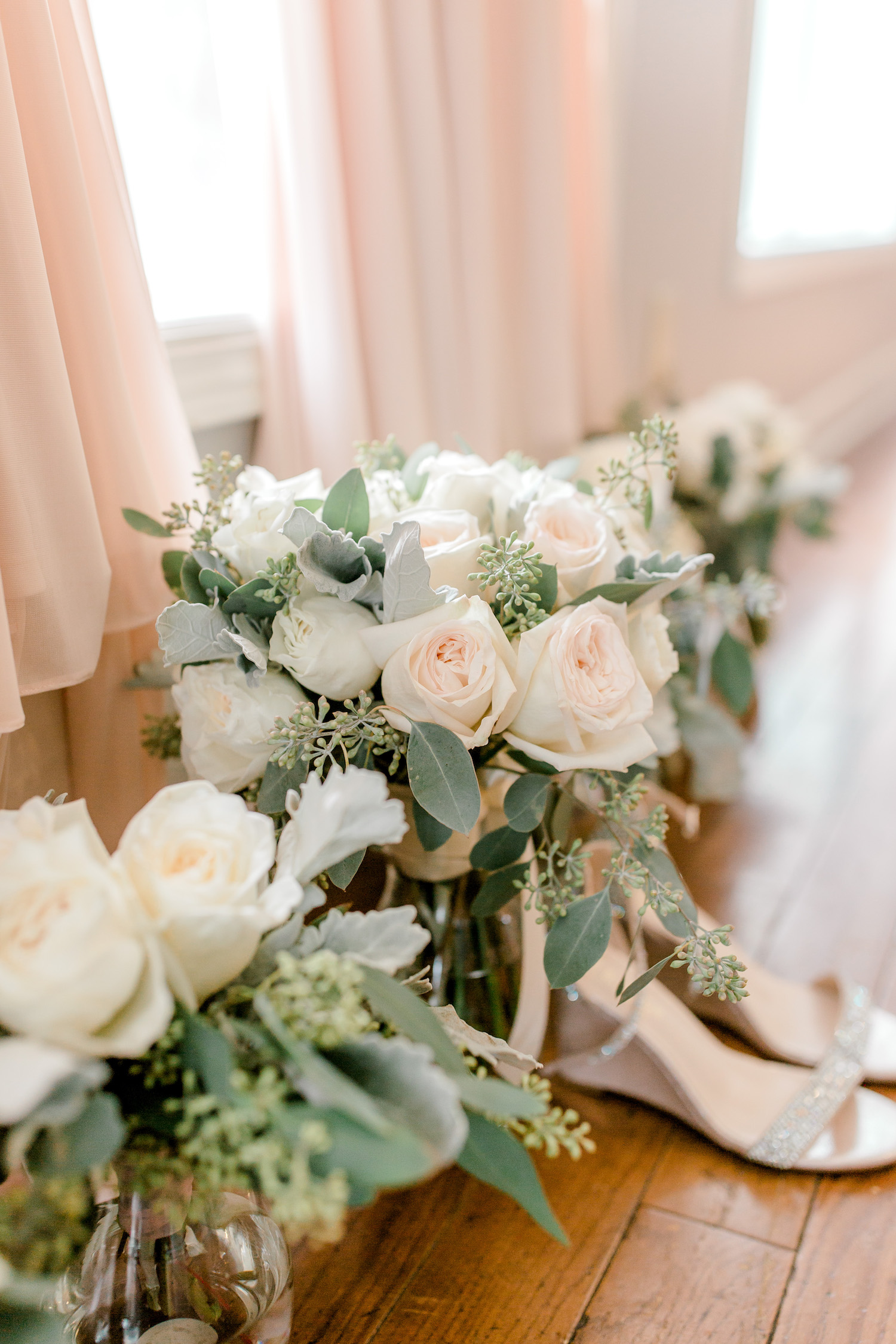 Bouquet for Wallinwood Springs Golf Course wedding
