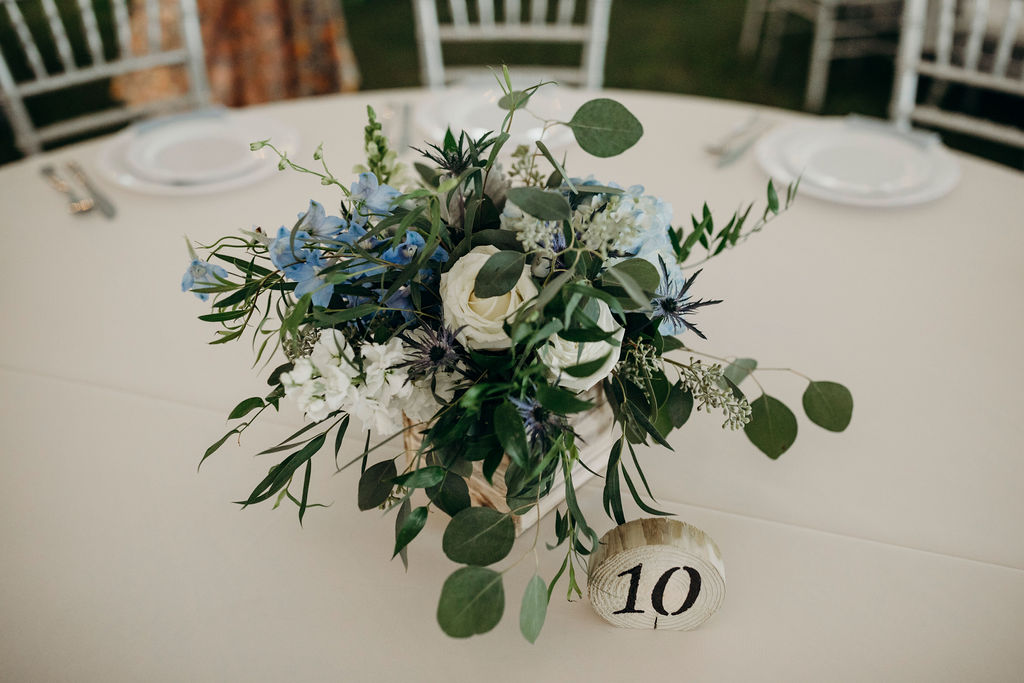 Table floral decor