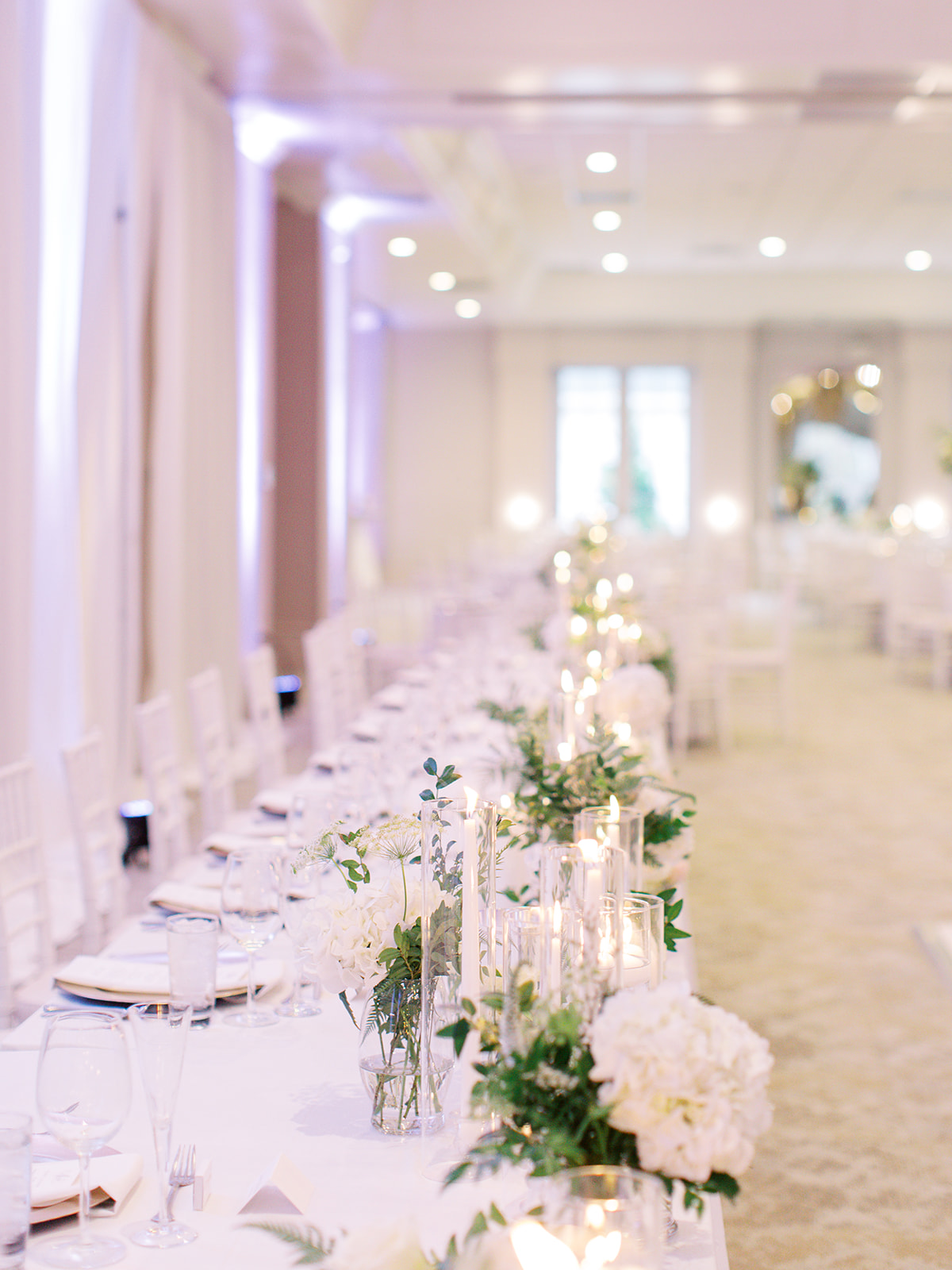 Head table candle and floral decor