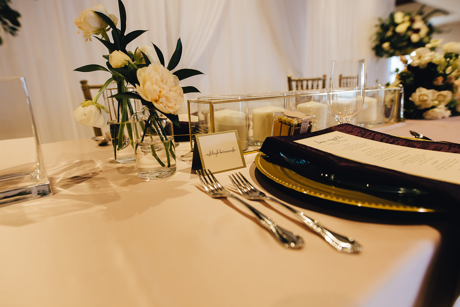 Place setting for West Bay Beach wedding
