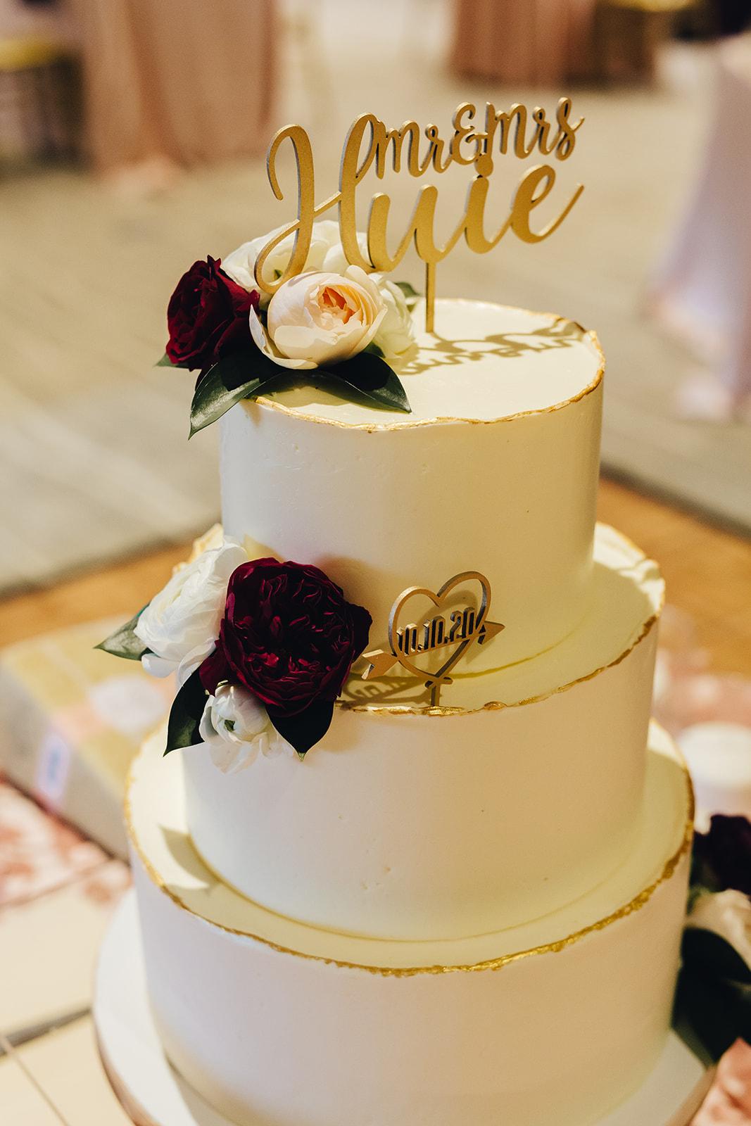 West Bay Beach wedding cake