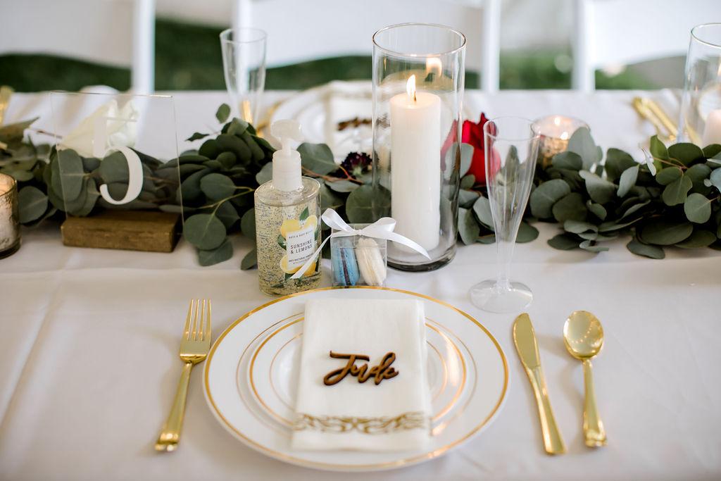 Jackson, MI wedding table place setting decor